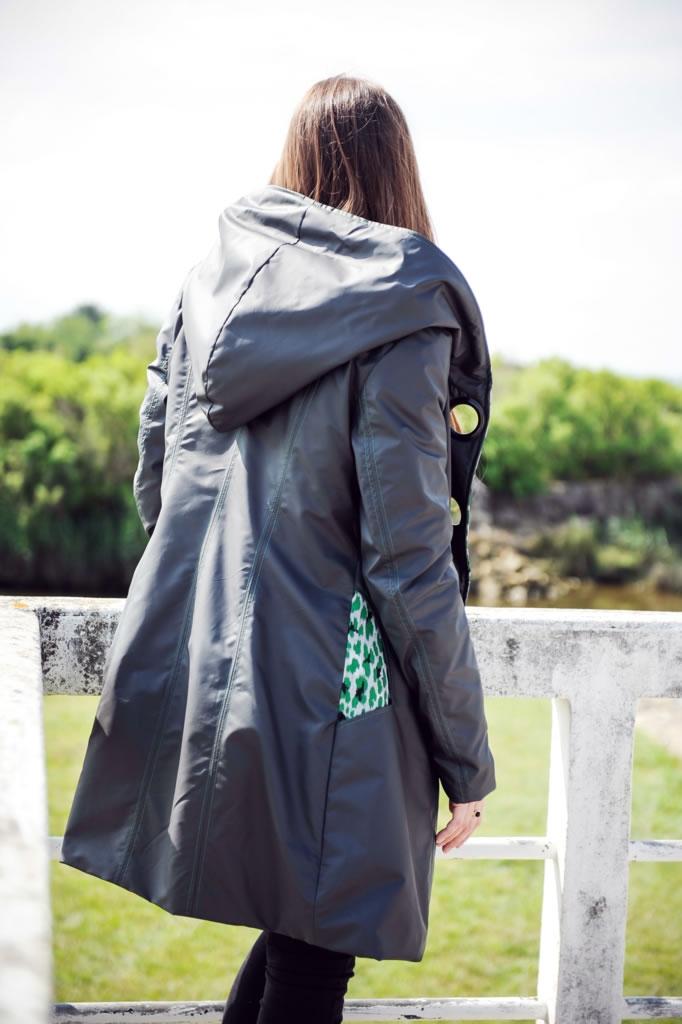 Manteau imperméable capuche