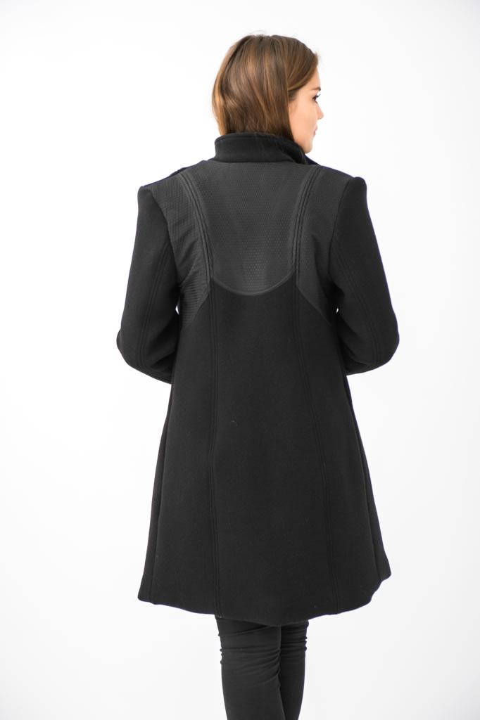 Manteau en épais crêpe de laine