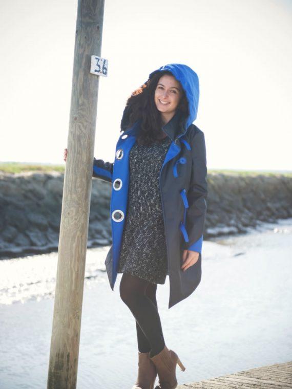 manteau imperméable grande capuche bleu